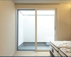 窓枠 樹脂