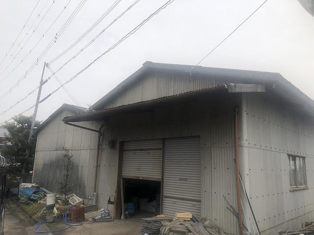 彦根市大薮町にて農機具倉庫の屋根が破損している為に現場調査