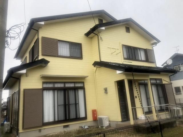 草津市山田町にて築20年ほどの建物の屋根、壁老朽化の為に現場調査